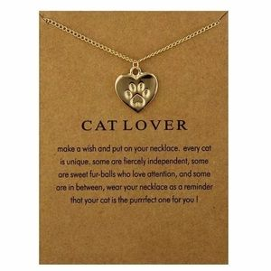 Jewelry - Paw Print 🐾 Cat Lover Necklace. 🆕